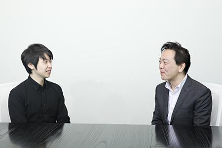 DMM.comの松本勇気CTO(左)とペイパルの瓶子昌泰カントリーマネージャー