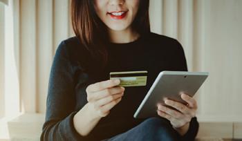 カードに加え、銀行口座での支払いがプラス!